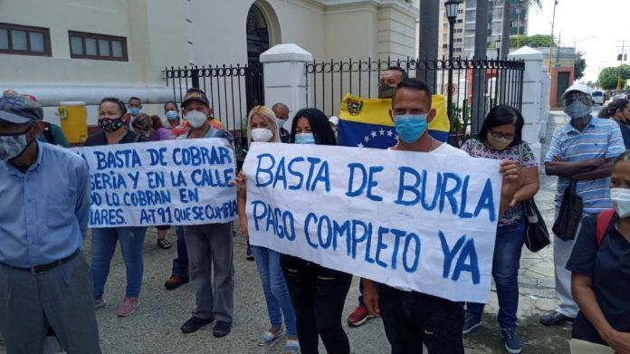 Trabajadores se cansaron de la burla y protestaron ante Insalud